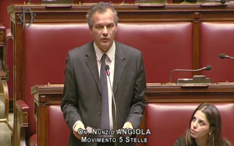 L'on. Angiola interviene in Parlamento sulla questione del sequestro di Lenticchie contraffatte
