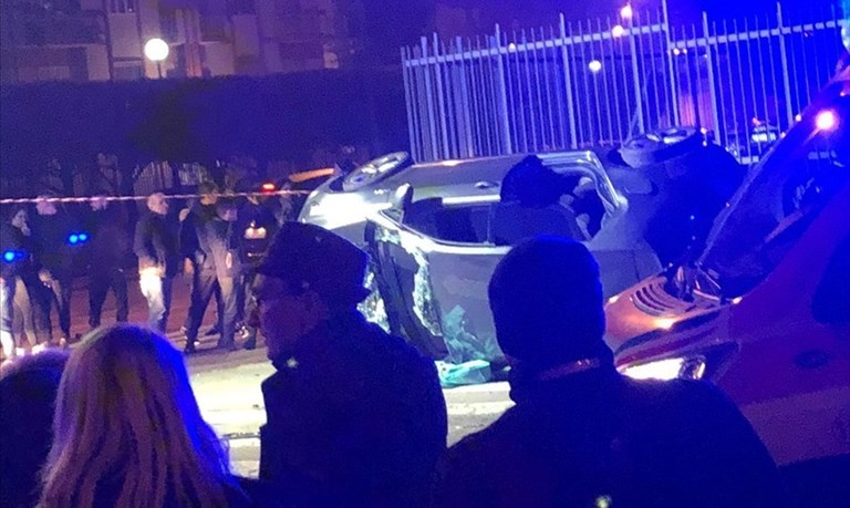 Brutto incidente in via Victor Hugo, un ferito