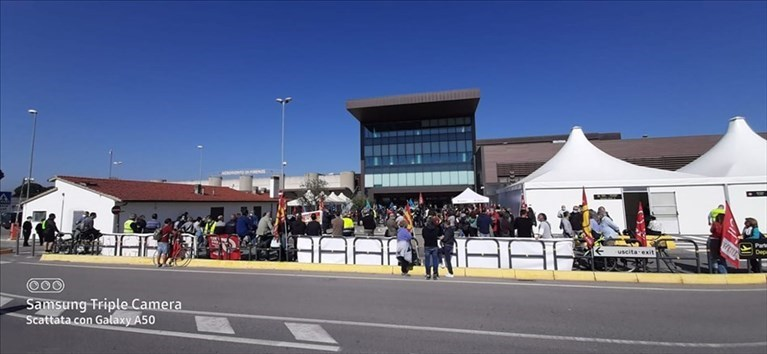 Protesta all'aeroporto