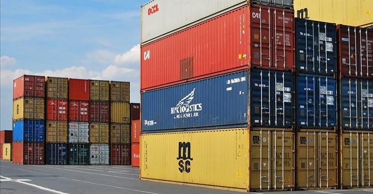 Container, export